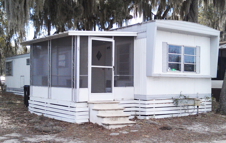 Ocala mobile homes for sale in Lakefront Park with Owner Finance on mobile homes rent south florida, mobile home trailer park, double wide mobile homes in winter haven fl,